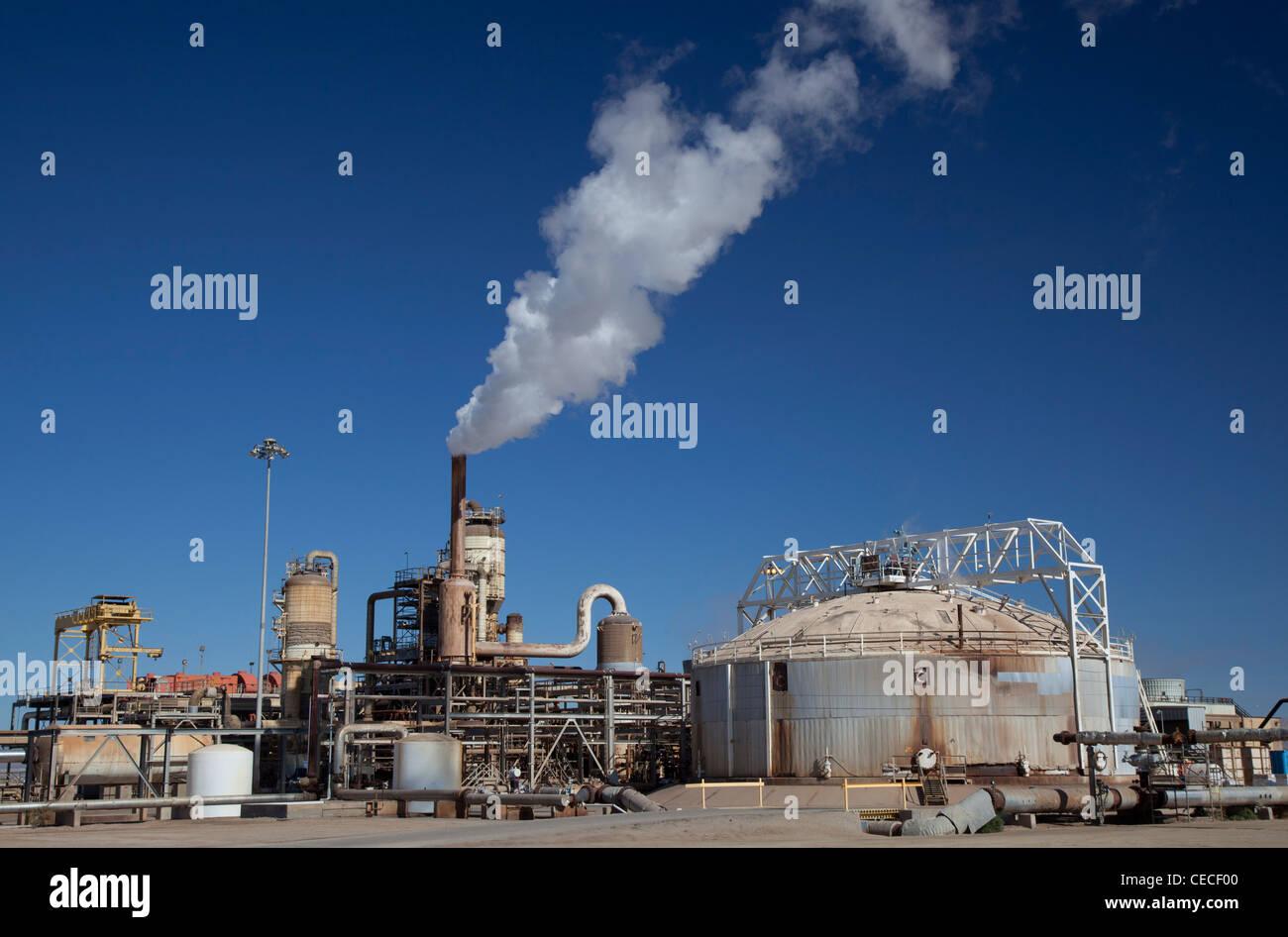 Calipatria, California - una energia geotermica impianto azionato da CalEnergy della California Valle Imperiale. Immagini Stock