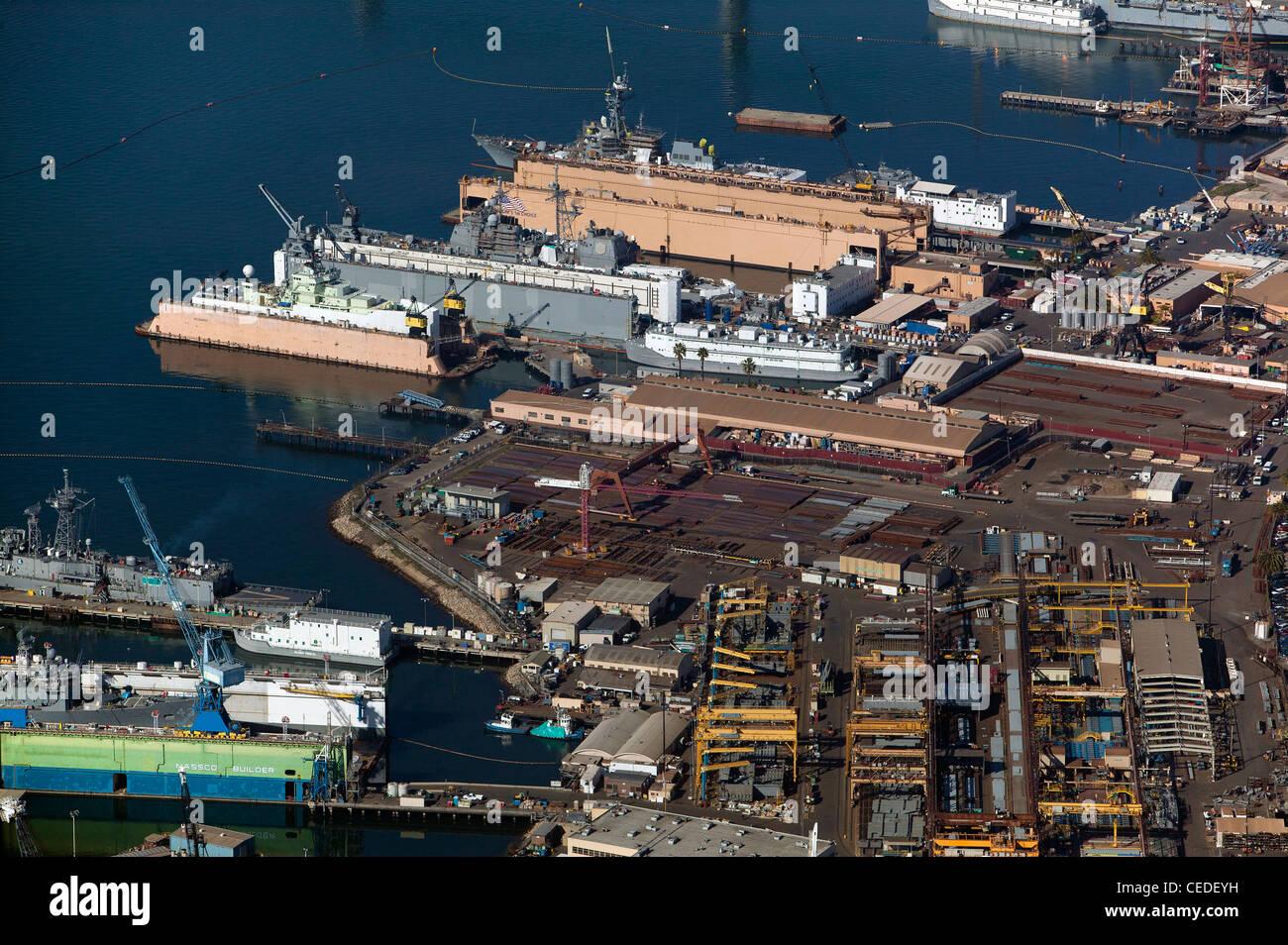 Vista aerea al di sopra di General Dynamics NASSCO nave cantiere Porto di San Diego Immagini Stock