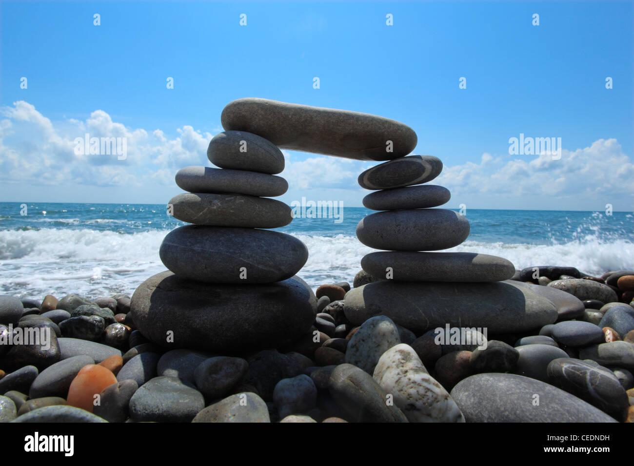 Arco da pebble sul Seacoast Immagini Stock