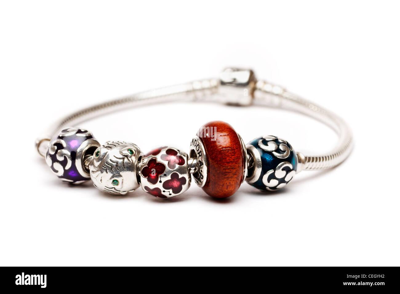 Argento fascino Pandora bracciale Foto Stock