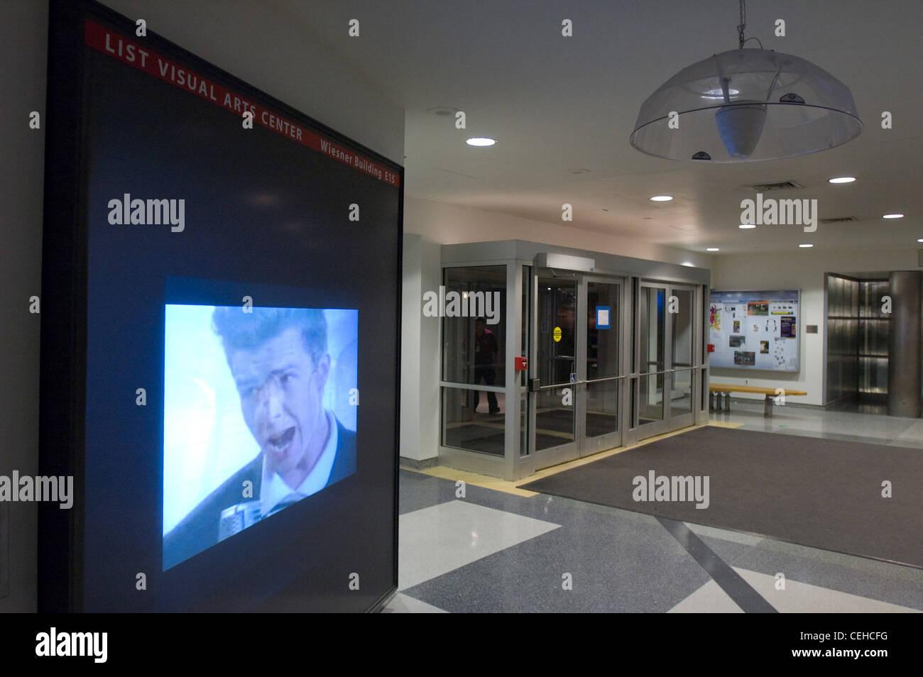 Per mit's 2008 campus weekend anteprima, hacker modificato l'elenco visual arts center supporti parete di Immagini Stock