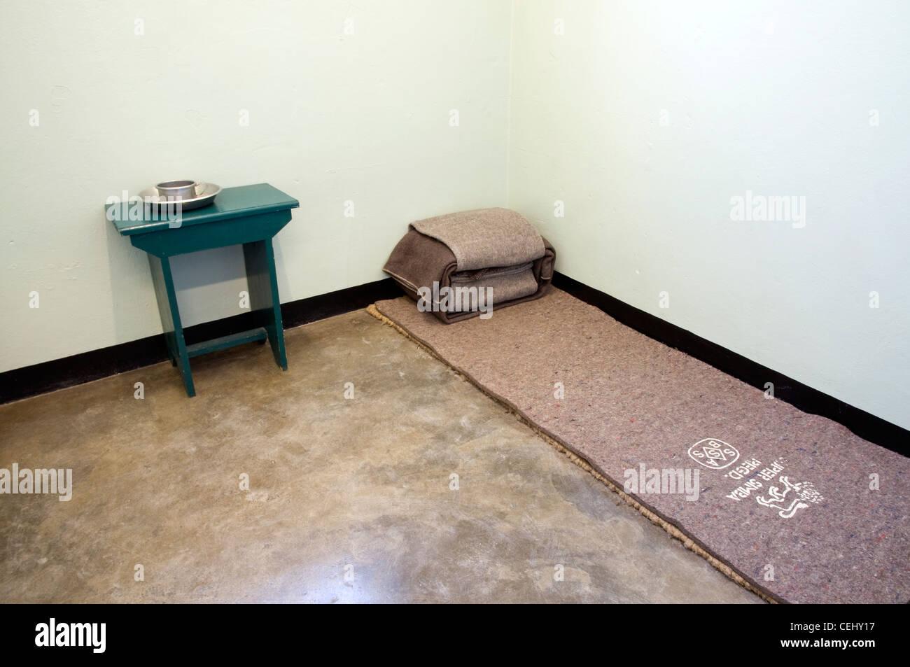 Nelson Mandela la cella del carcere. Robben Island,Cape Town,Provincia del Capo occidentale. Immagini Stock