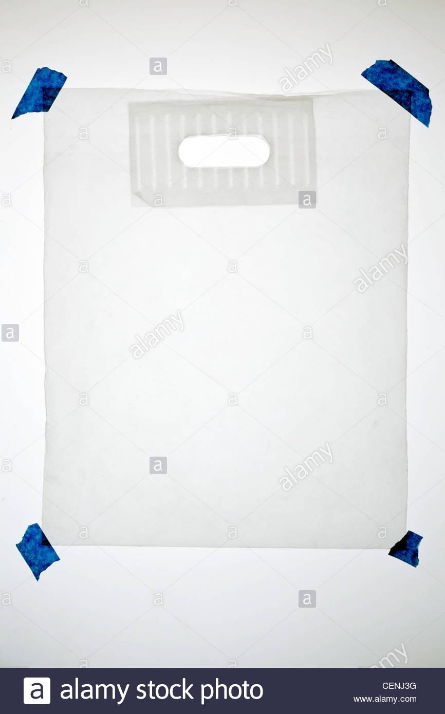 Borsa per trasporto realizzata con uno spesso strato di plastica traslucida Immagini Stock