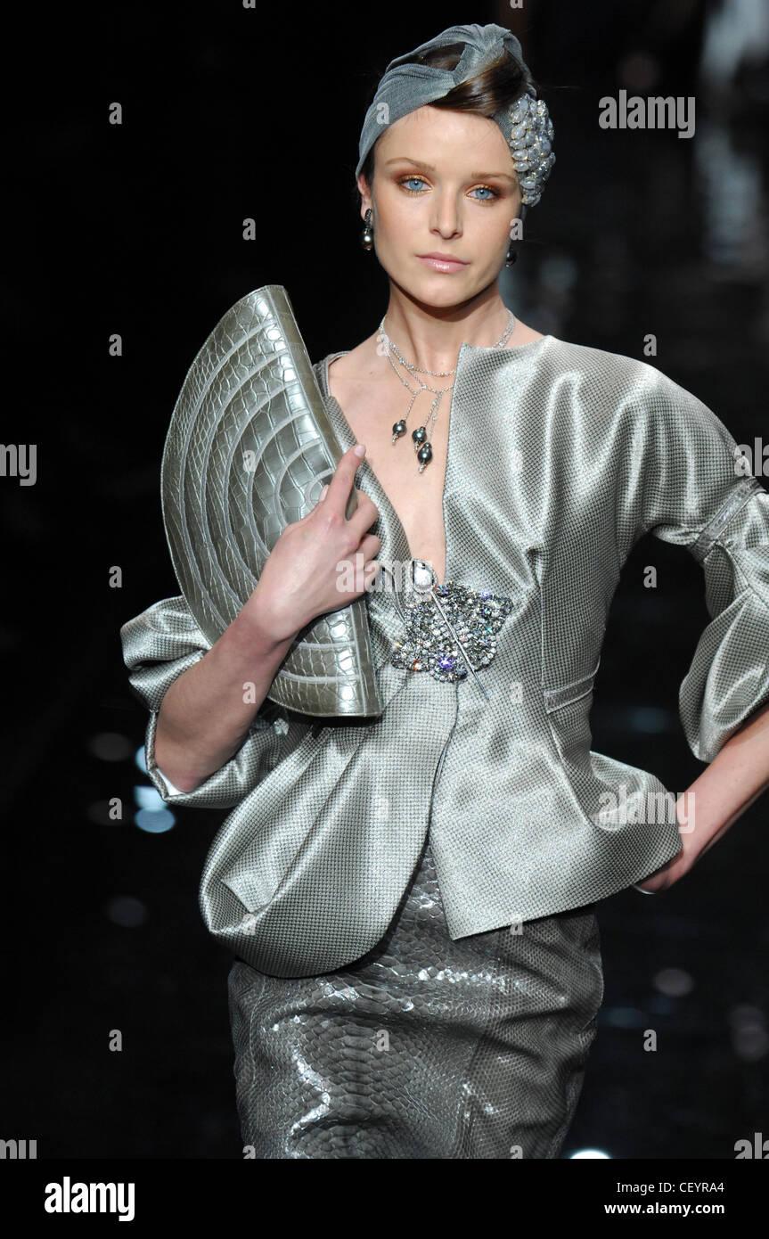 Parigi Haute Couture Armani Prenotazione Primavera Estate