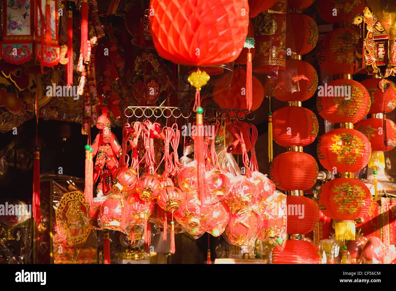 Decorazioni Con Lanterne Cinesi : Lanterne rosse e decorazioni per il nuovo anno cinese thailandia