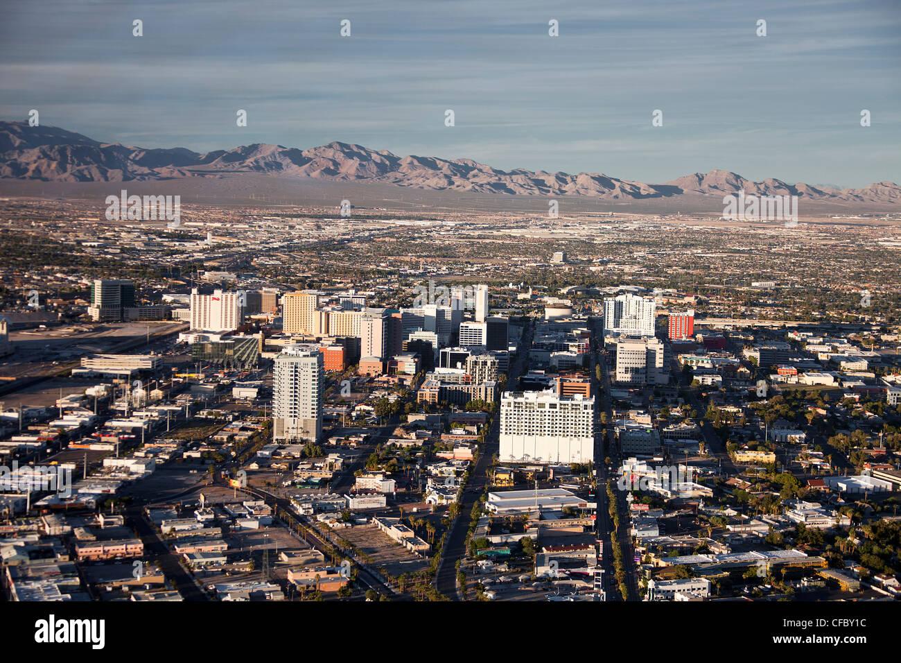 Stati Uniti d'America, Stati Uniti, America, Nevada, Las Vegas, Città, downtown, vista aerea, secco, piatta, Immagini Stock