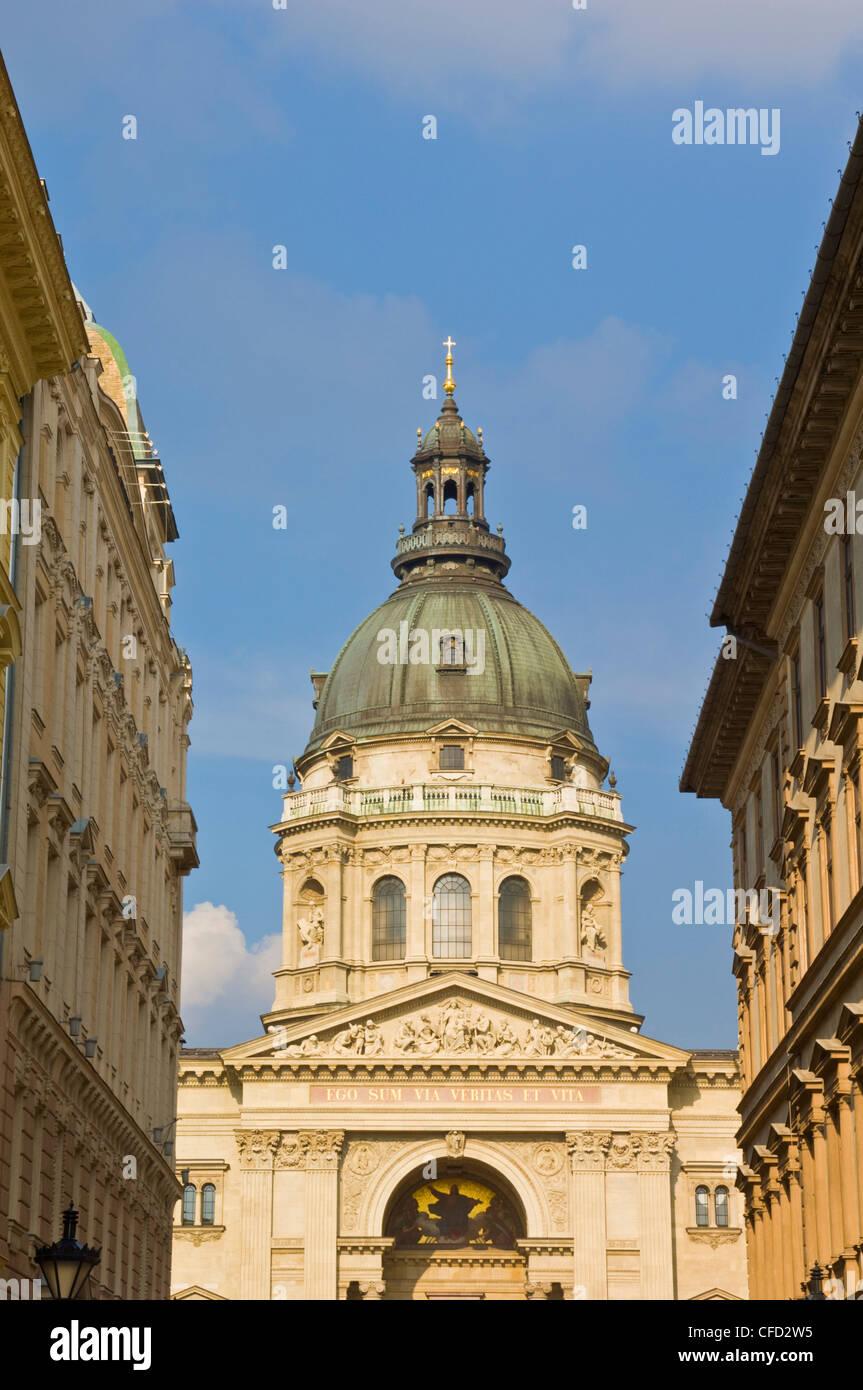 Il neo-rinascimentale cupola della Basilica di Santo Stefano e il centro di Budapest, Ungheria, Europa Immagini Stock