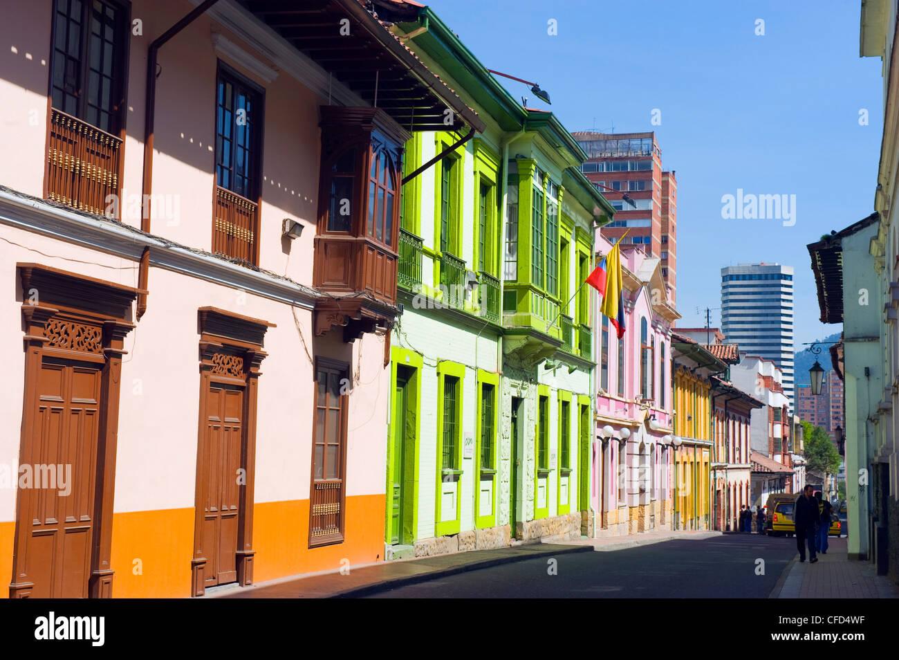 Case colorate, Bogotà, Colombia, Sud America Immagini Stock