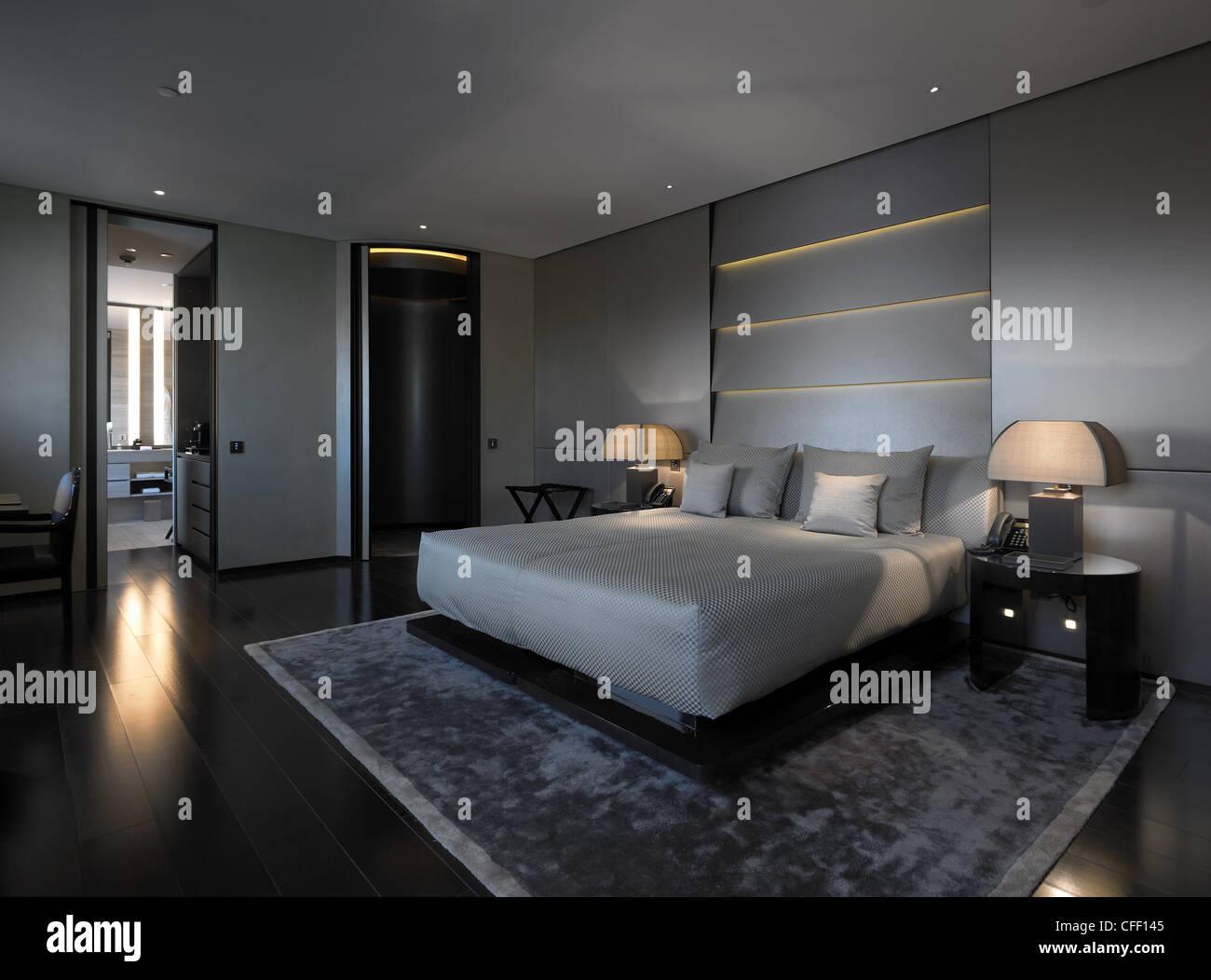 Camere Da Letto A Milano.Armani Hotel Milano Camera Da Letto Foto Immagine Stock 43970757