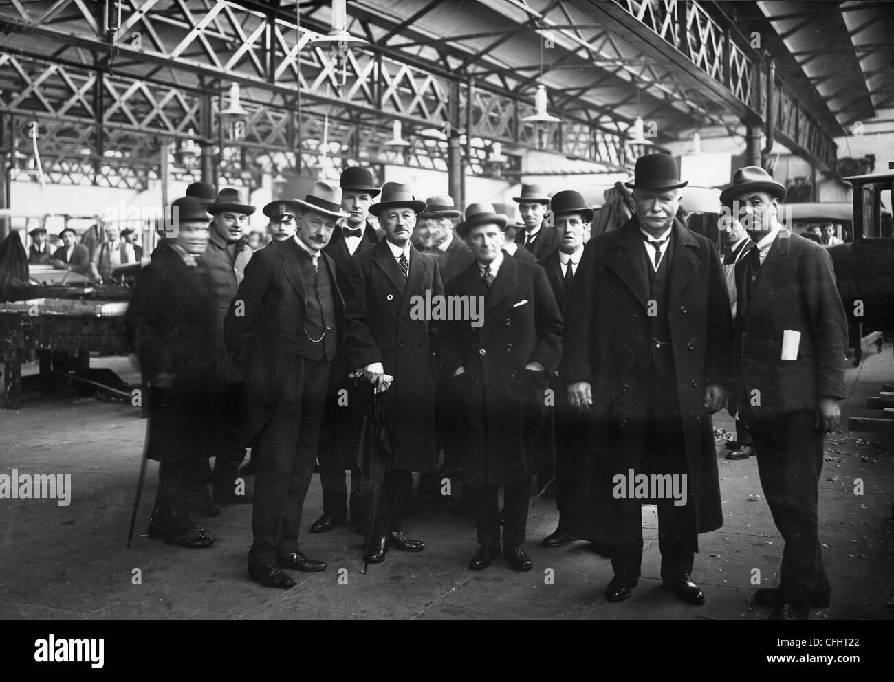 Il primo ministro della Nuova Zelanda Visita, Sunbeam Motor Car Company, Wolverhampton, 13 dic 1923. Immagini Stock