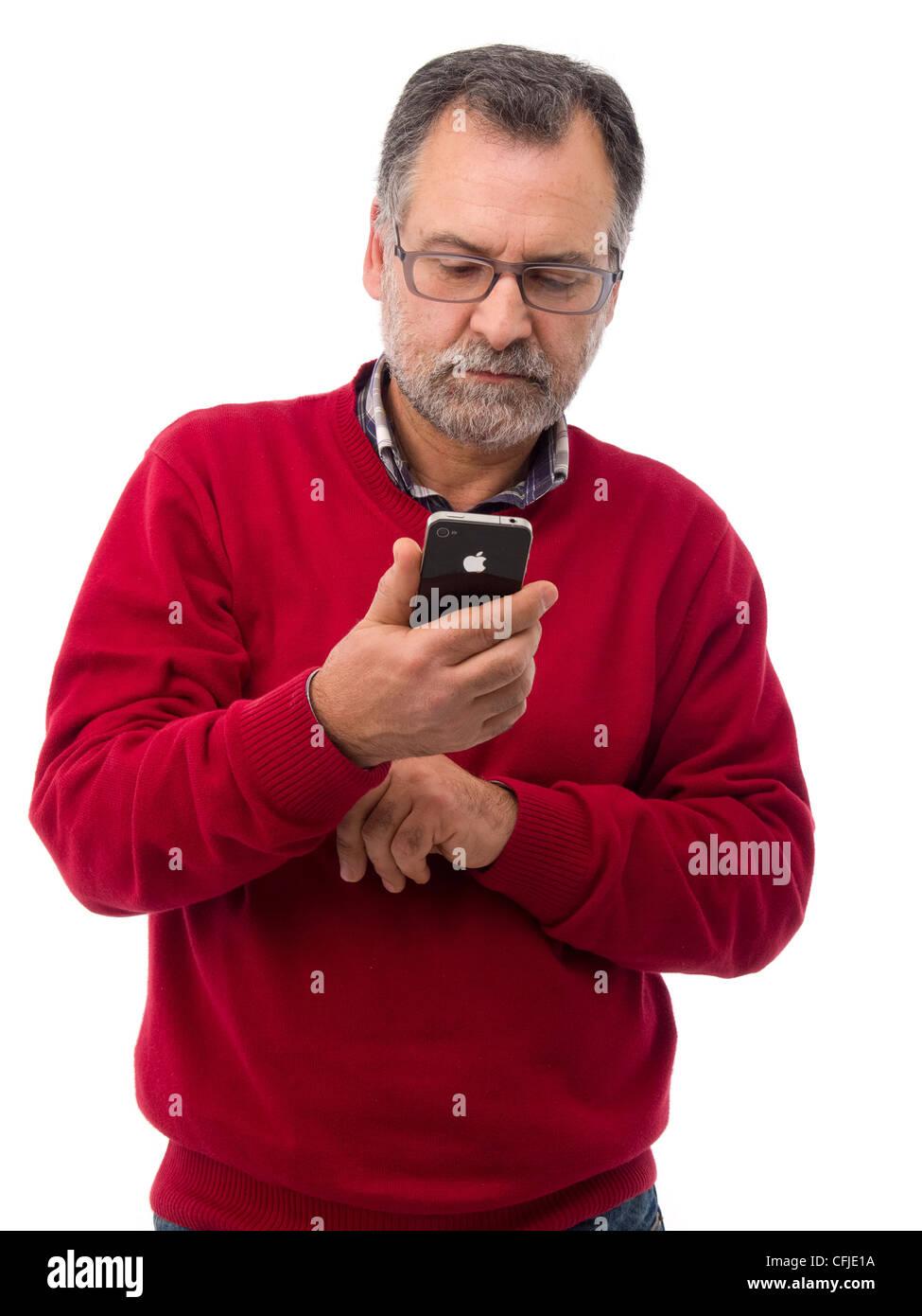 Uomo Di Mezza Età Utilizzando Iphone Isolati Su Sfondo Bianco Foto