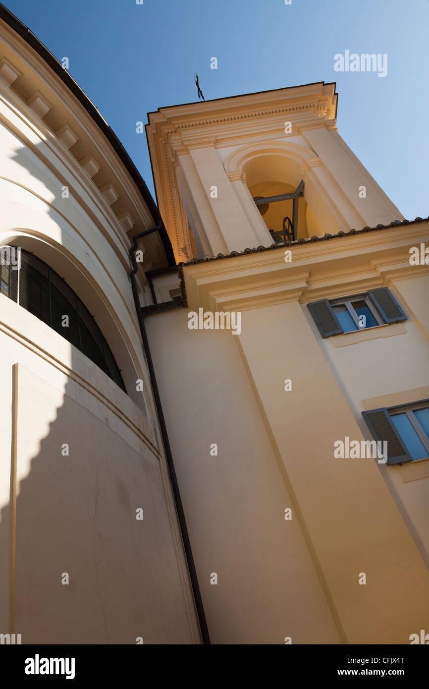 Il campanile di Santa Maria Assunta in Cielo in Ariccia Lazio Immagini Stock