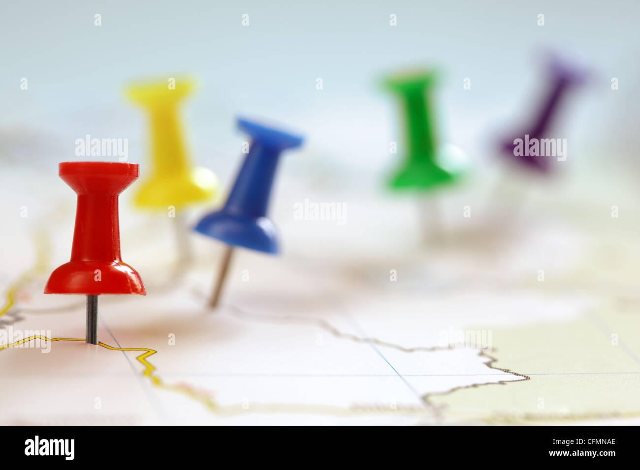 Perno di Spinta su mappa Immagini Stock