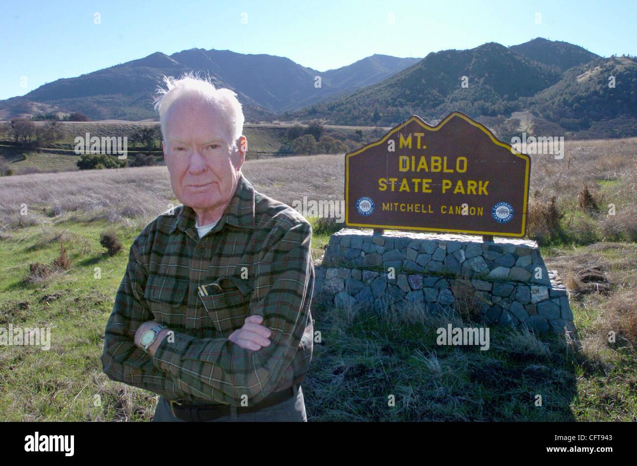 Arte Bonwell, fondatore di salvare il Monte Diablo il Lunedi, Dicembre 18, 2006, in Clayton, California, di fronte Foto Stock