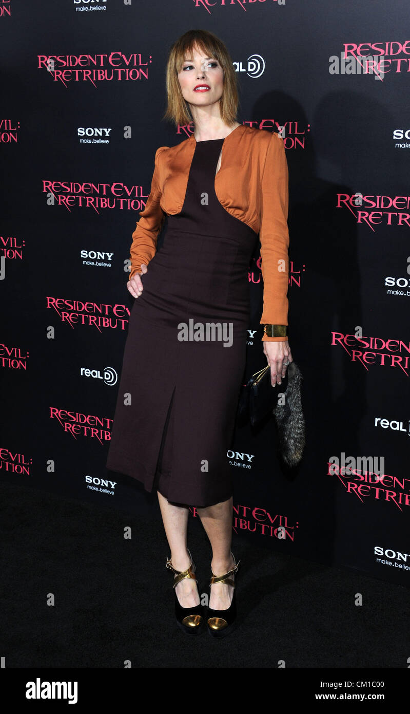 Los Angeles, CA, Stati Uniti d'America sett xii 2012. Sienna Guillory presso la premiere del film di Resident Immagini Stock
