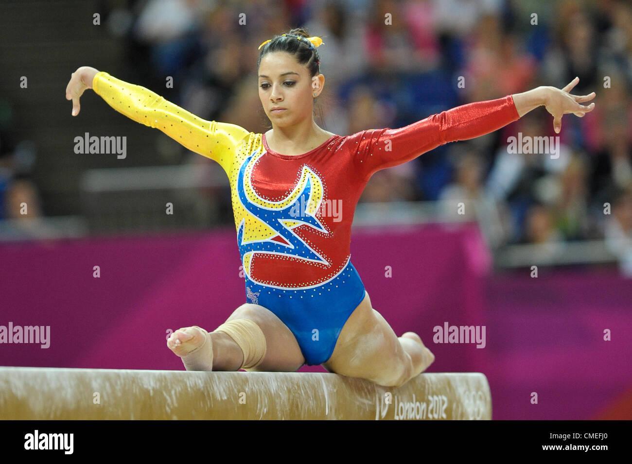 Le Olimpiadi di Londra 2012. Ginnastica Womens qualifiche 29.7.12. Arena di Greenwich. Jessica Gil Ortiz di Columbia Immagini Stock