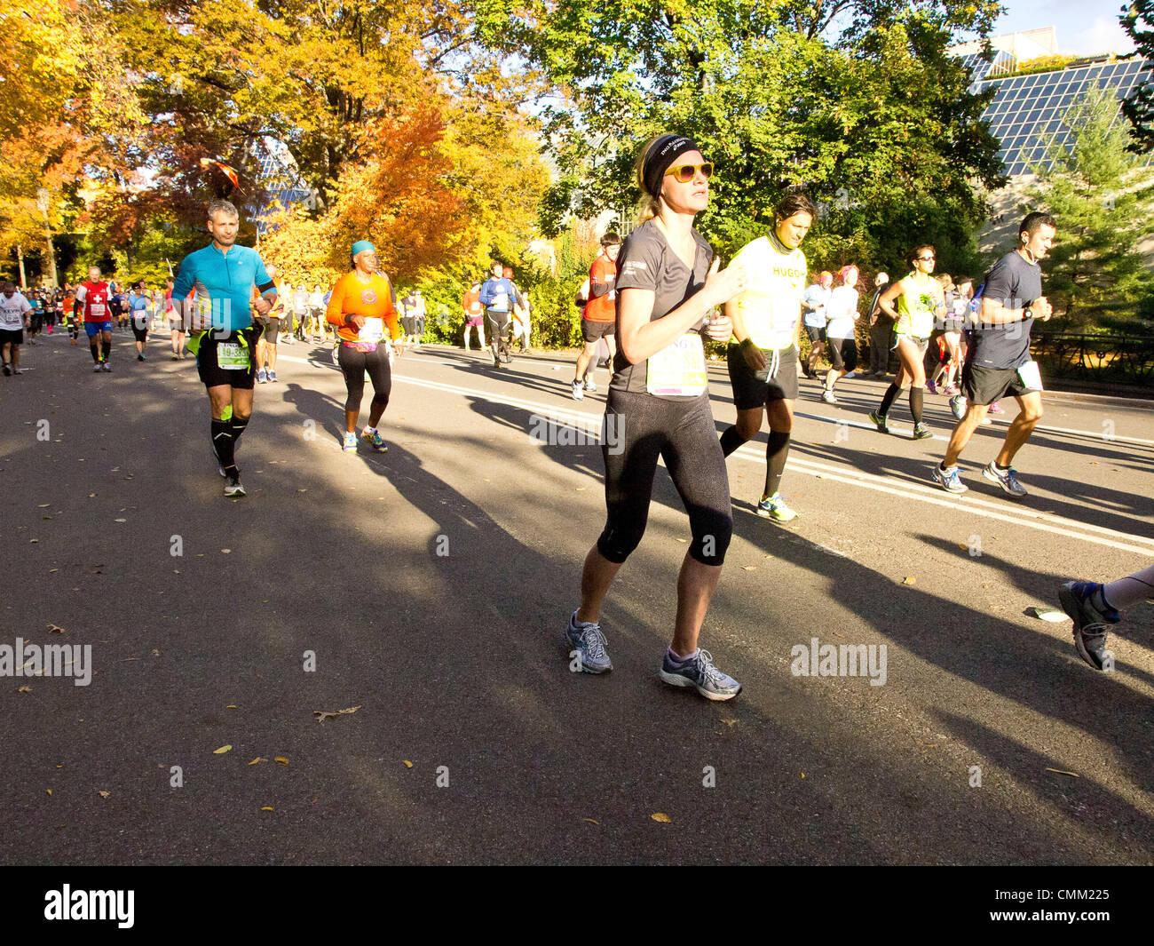 New York, Stati Uniti d'America. Il 3 novembre 2013. Maratona di New York 2013. Maratona di New York il 3 novembre Immagini Stock