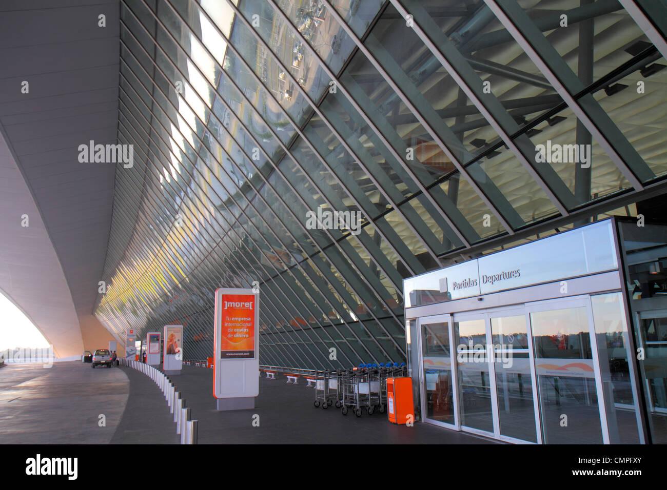 Uruguay Montevideo Carrasco Cesáreo Generale L. Berisso Aeroporto Internazionale MVD Nuevo nuovo terminale Immagini Stock