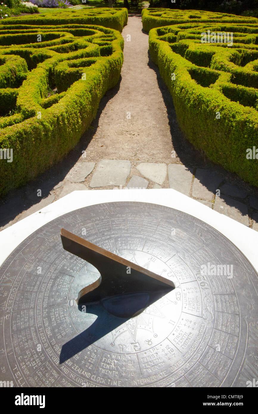 Meridiana e Knot Garden, Giardini Botanici, Dunedin, Otago, Isola del Sud, Nuova Zelanda Immagini Stock
