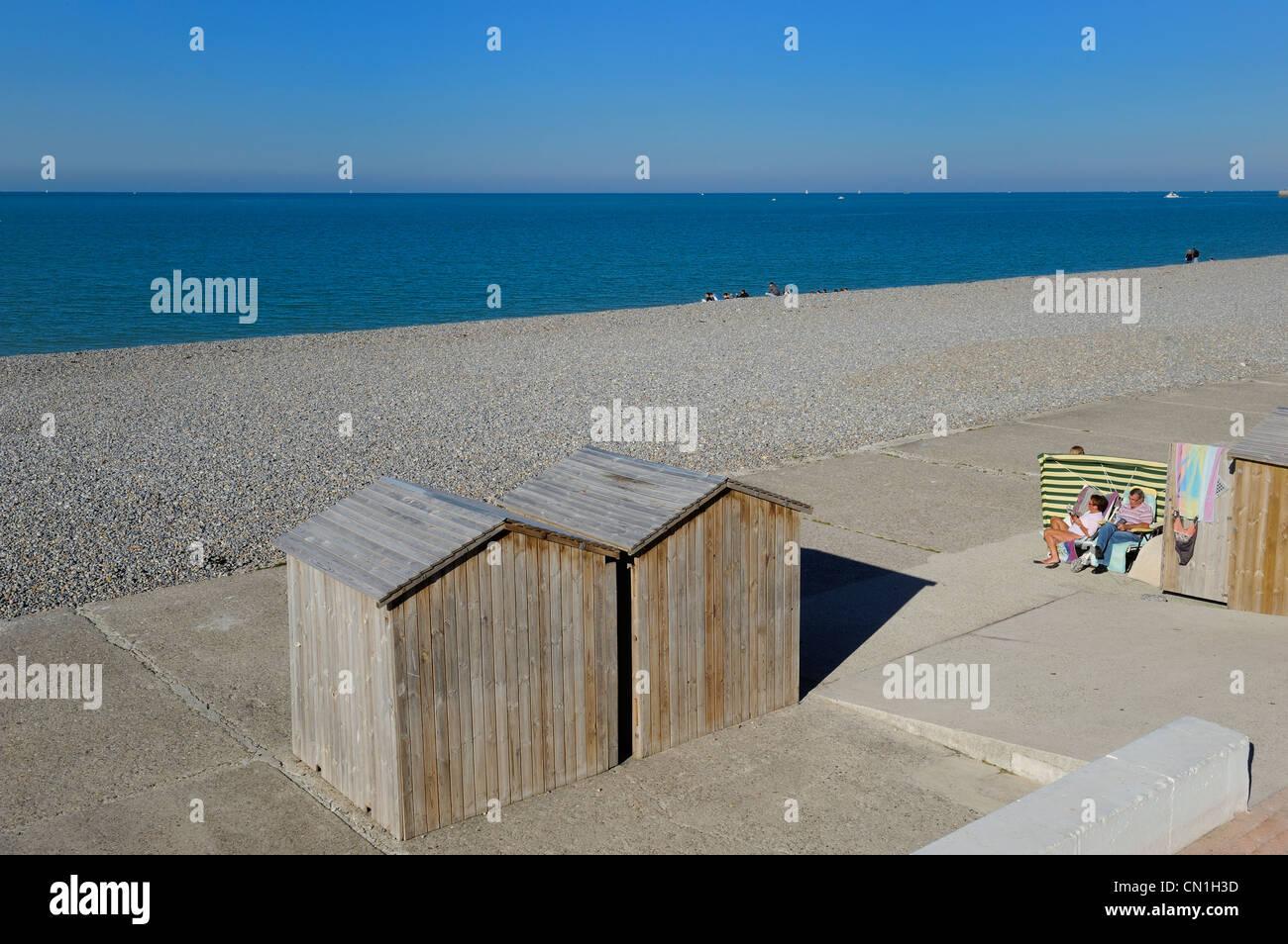 Francia, Seine Maritime, Dieppe, la spiaggia ghiaiosa Immagini Stock