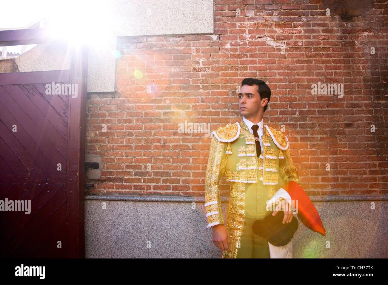 Torero indossando abiti tradizionali alla cerimonia di apertura, arena Las Ventas di Madrid Immagini Stock