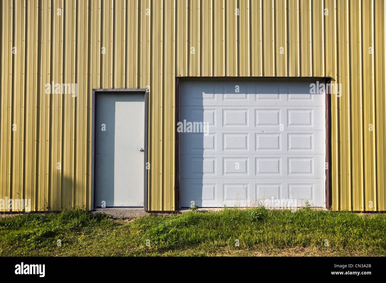 Porte in un edificio Immagini Stock