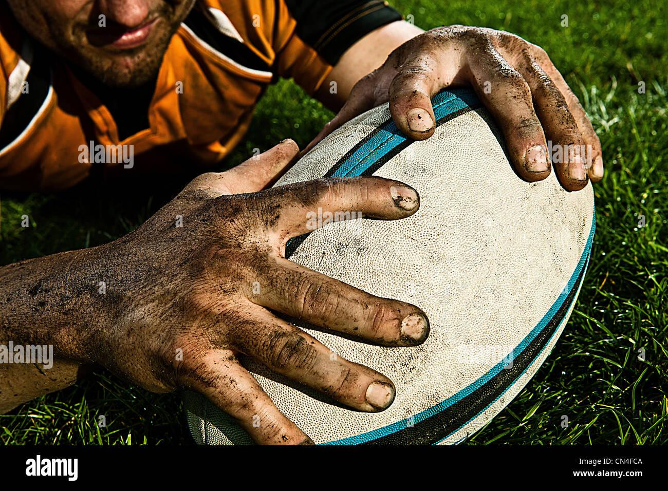 Giocatore di Rugby punteggio sul passo Immagini Stock