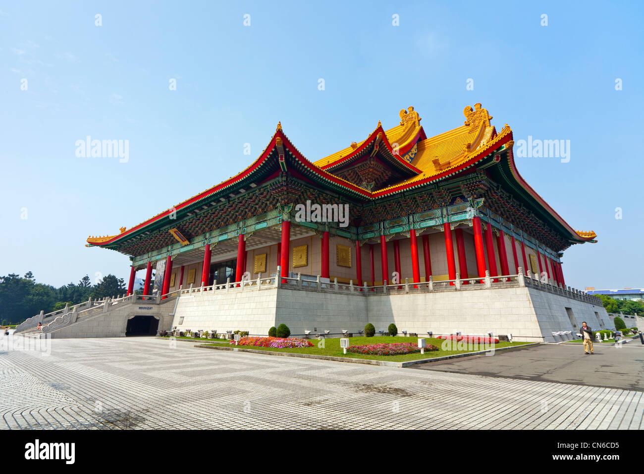 La National Concert Hall, Liberty Square (aka Piazza della Libertà), Taipei, Taiwan. JMH5668 Immagini Stock