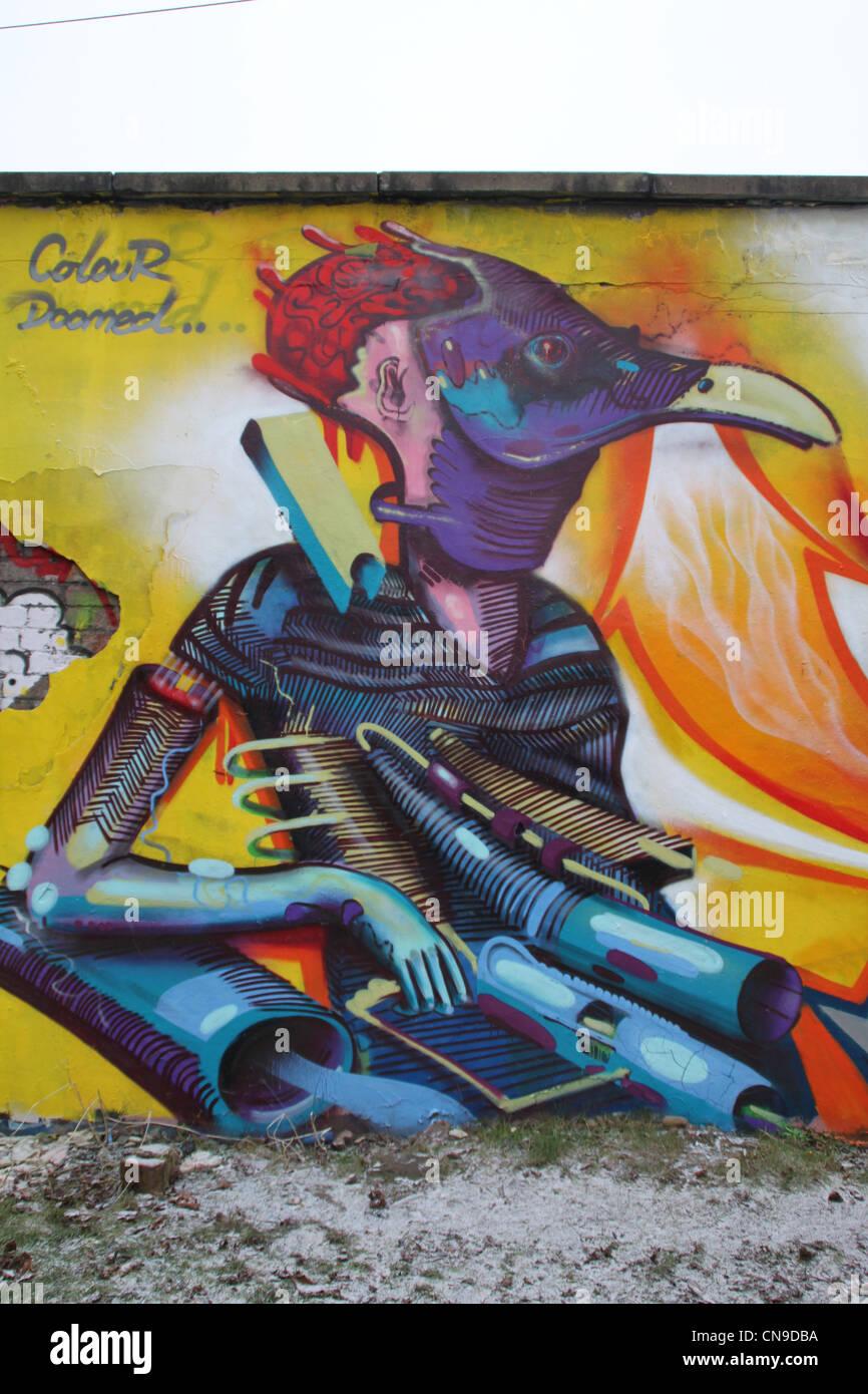 Pareti con immagini di graffiti, vulture Immagini Stock