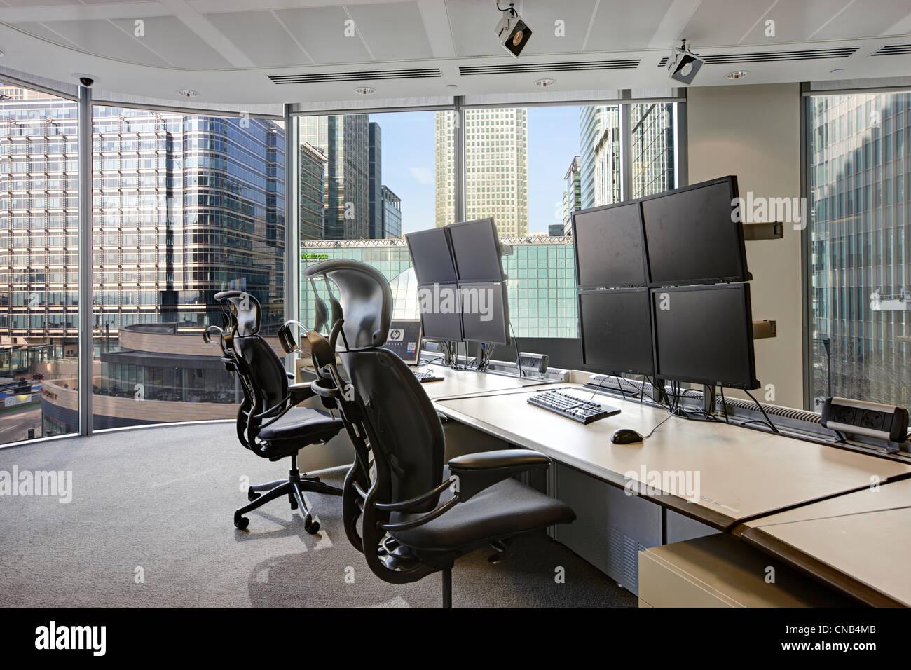 2 trading desk Canary Wharf vista Immagini Stock