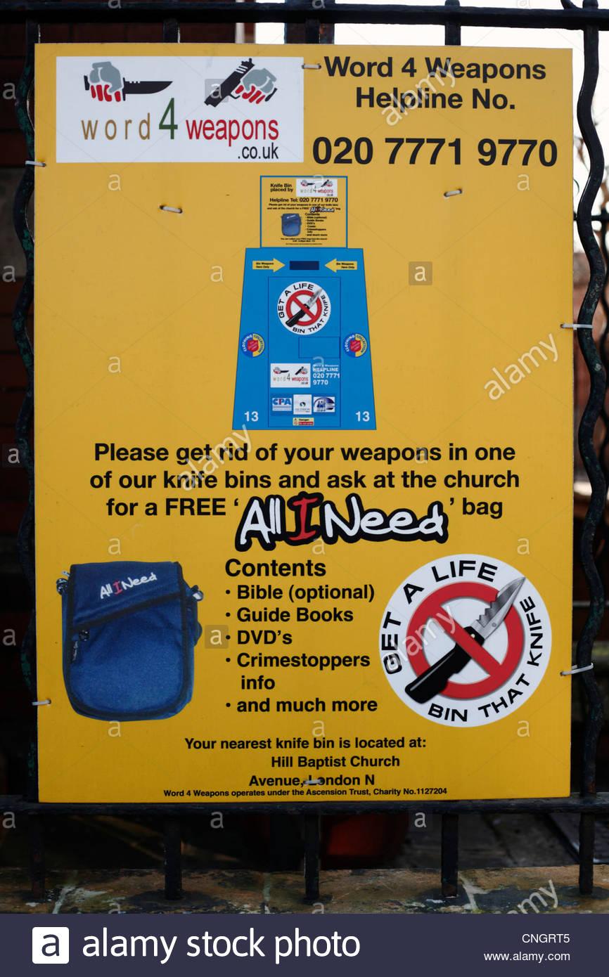 Campagna contro il coltello-criminalità, un poster al di fuori di una chiesa nel nord di Londra Immagini Stock