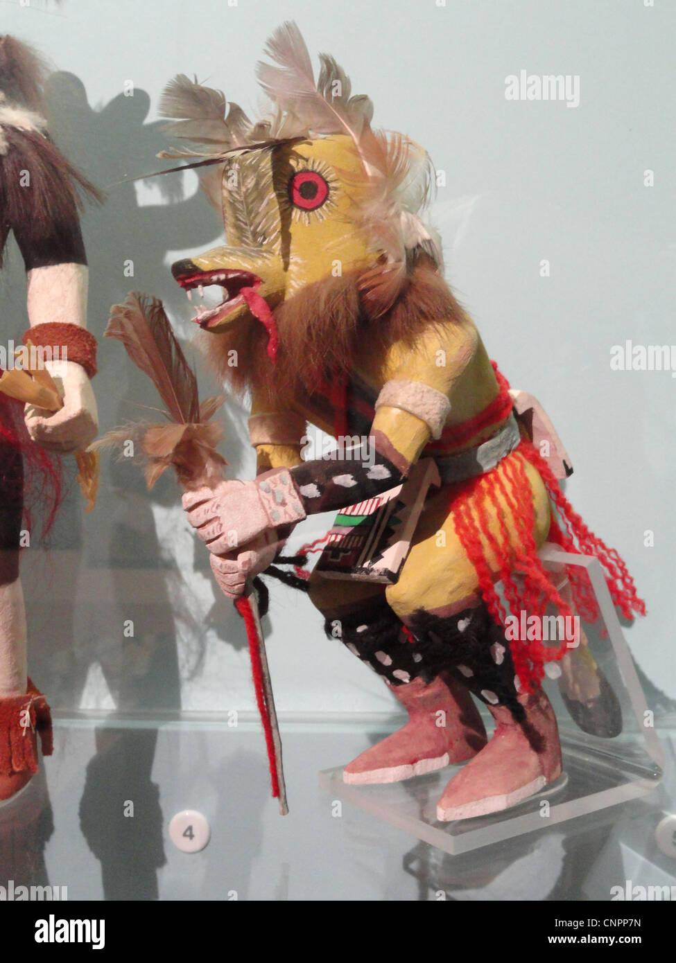 Kwewu, lupo katcina, Hopi, raccolti 1940 - Museo Peabody, Harvard University Immagini Stock
