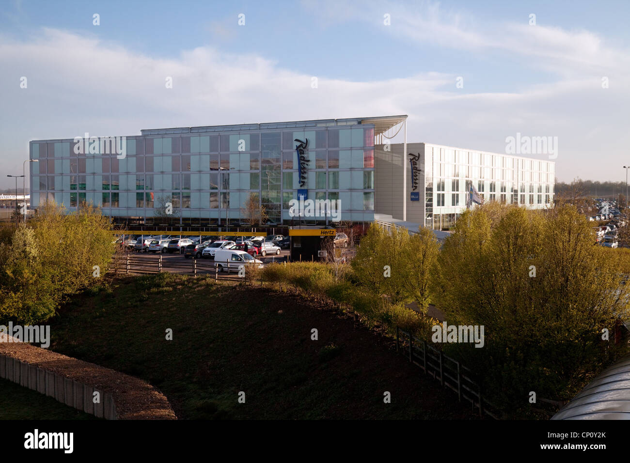 Radisson Blu Hotel, l'aeroporto di Stansted Essex REGNO UNITO Immagini Stock