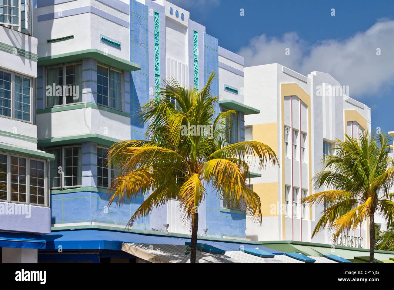Architettura Art Deco lungo Ocean Drive a Miami Beach, Florida, Stati Uniti d'America. Immagini Stock
