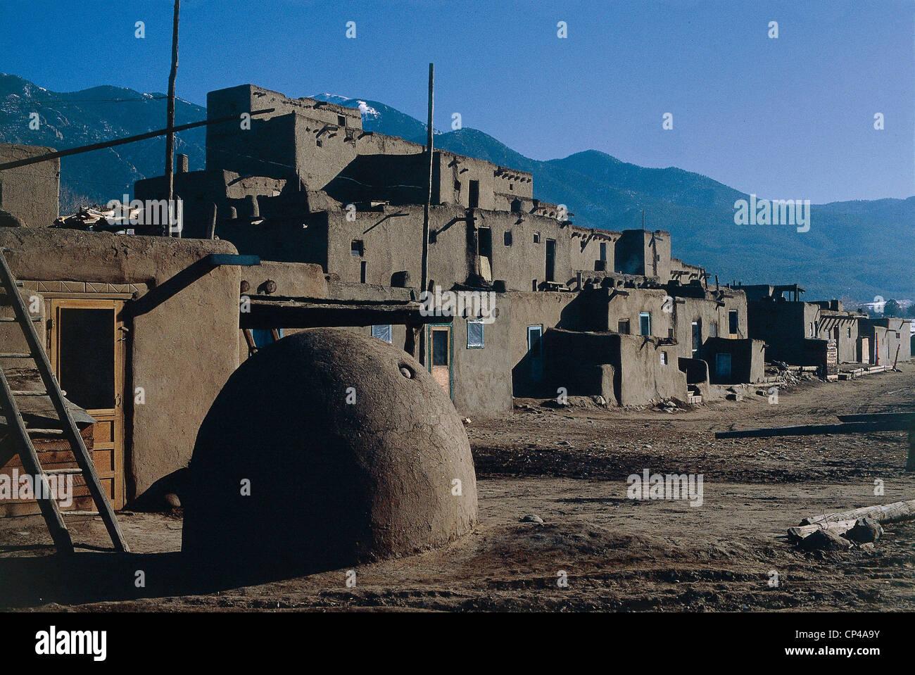 Stati Uniti d'America - New Mexico - Taos. Insediamento o Pueblo de Taos Taos Pueblo (Sito del Patrimonio Culturale Immagini Stock