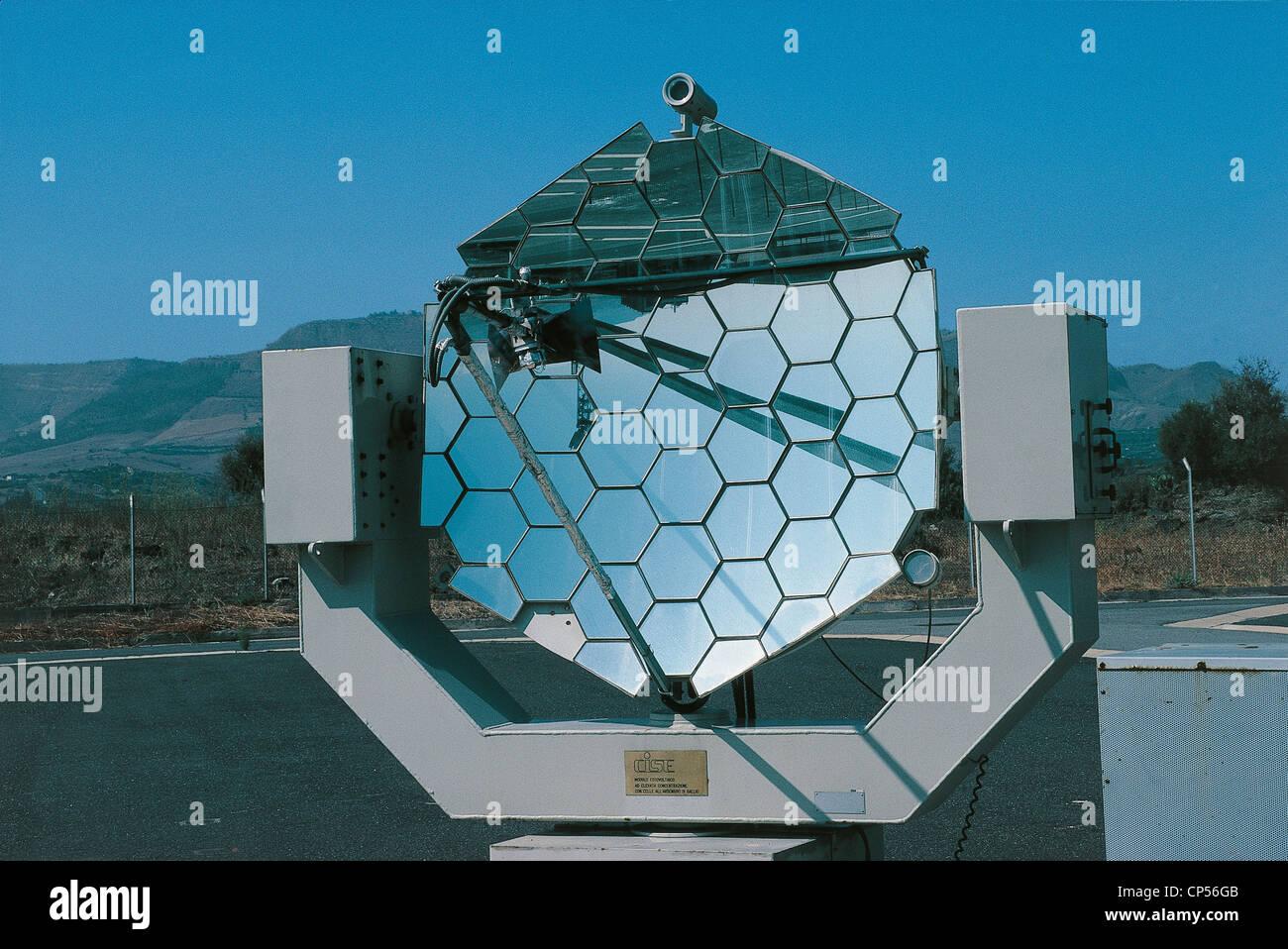 Energia Solare In Sicilia sicilia - adrano (ct). specchi in energia solare foto