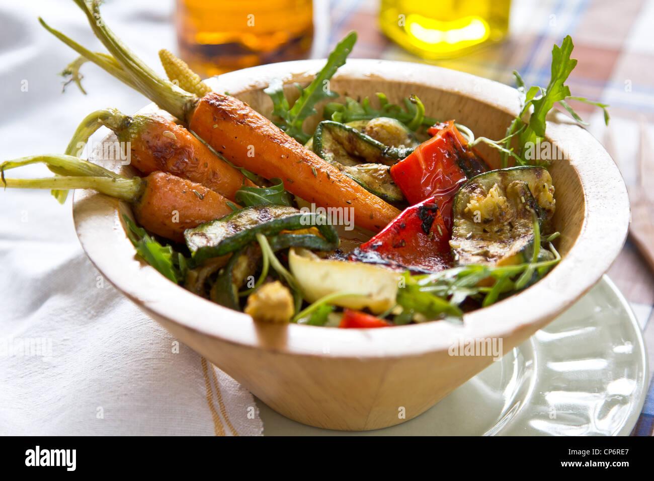 Verdure grigliate insalata Immagini Stock