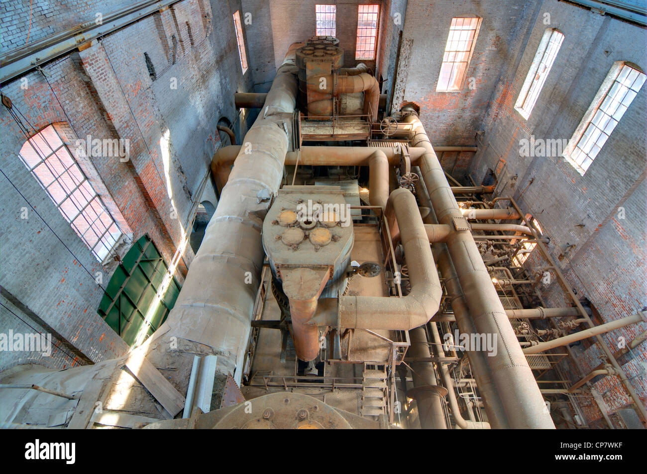 I vecchi macchinari in un mulino di acciaio Immagini Stock