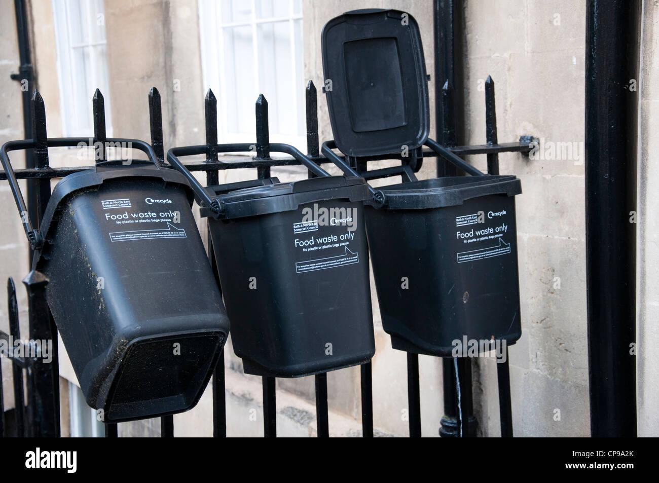 Cestini Rifiuti Da Bagno : I rifiuti alimentari gli appositi cestini da bagno & north east