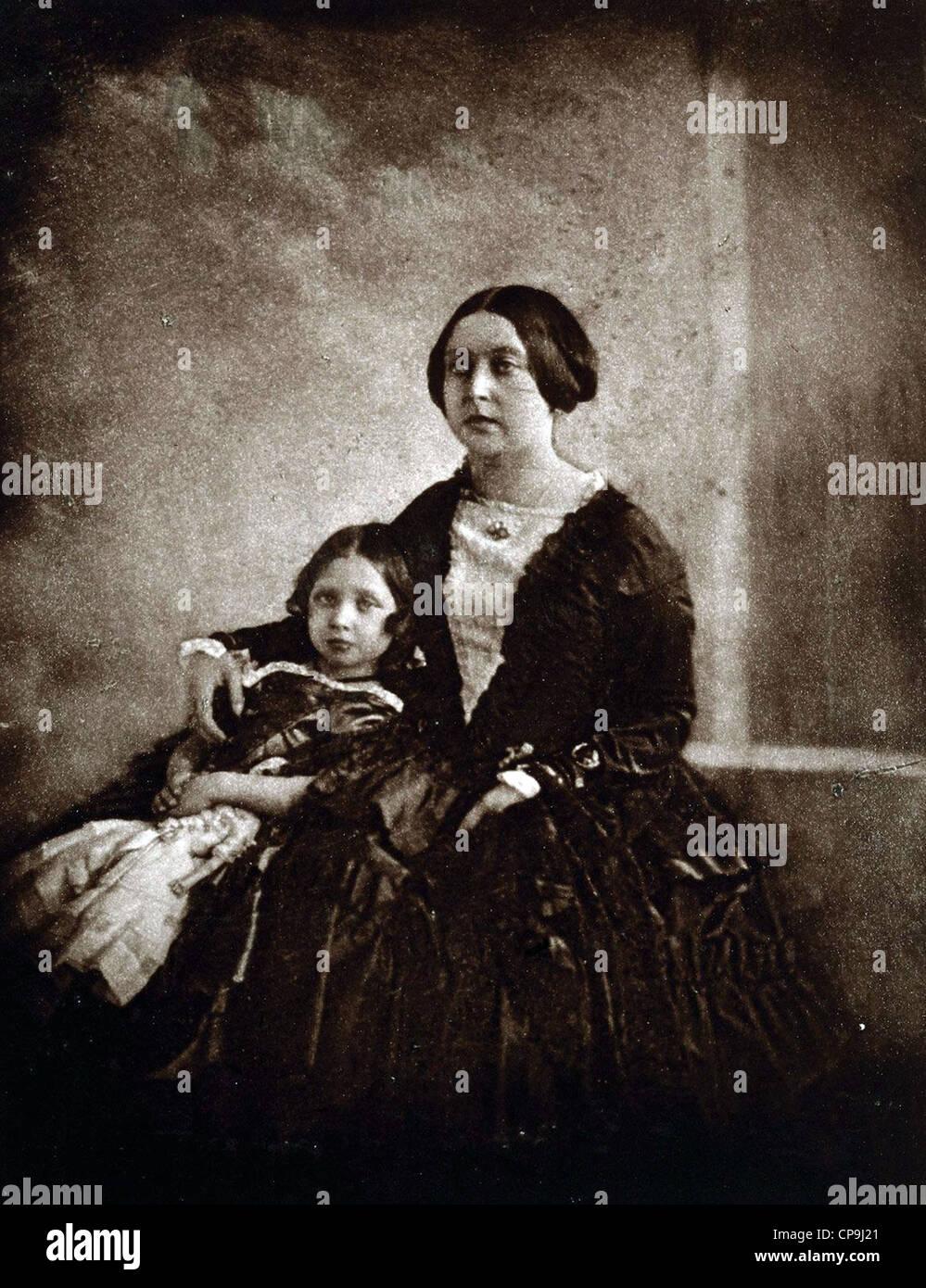 La regina Victoria, con la principessa reale, circa 1844-5 Immagini Stock