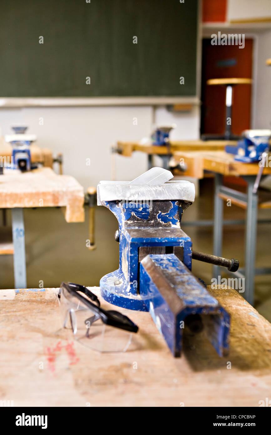 Il lavoro manuale classe presso una scuola di tedesco Immagini Stock