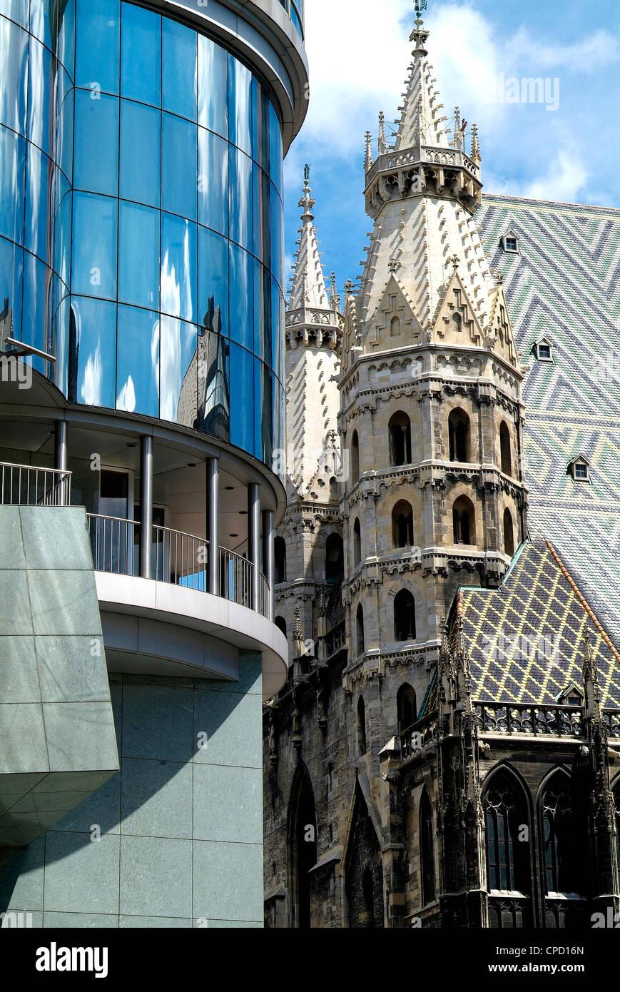 Haas Haus e Stephansdom, Vienna, Austria, Europa Immagini Stock