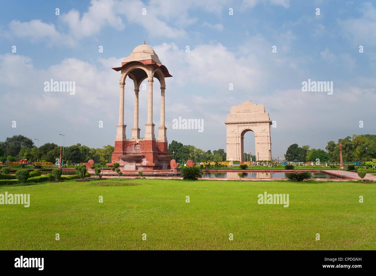 India Gate, alta 42 metri, estremità orientale del Rajpath, New Delhi, Delhi, India, Asia Immagini Stock