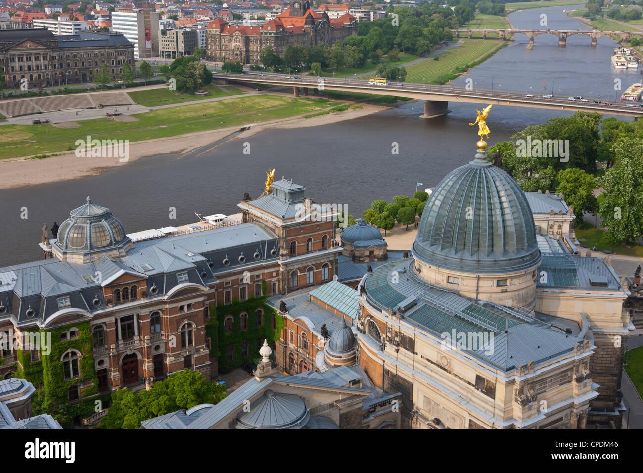 Vista su Dresda e del fiume Elba a Dresda, Sassonia, Germania, Europa Immagini Stock
