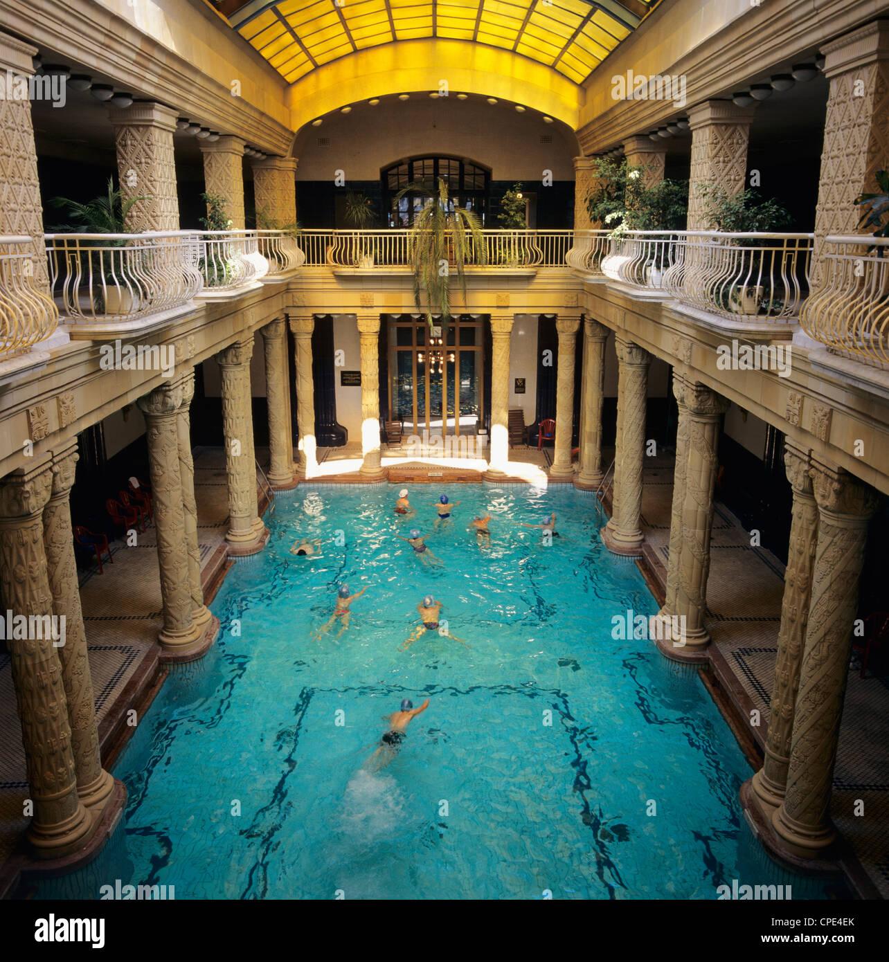 Bagni interni all\'Hotel Gellert Budapest, Ungheria, Europa Foto ...