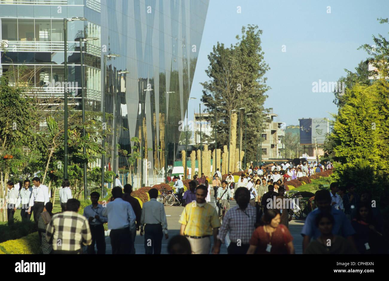 INDIA Bangalore , BPO presso il campus di Infosys nella città di elettronica, Infosys è uno dei principali Immagini Stock