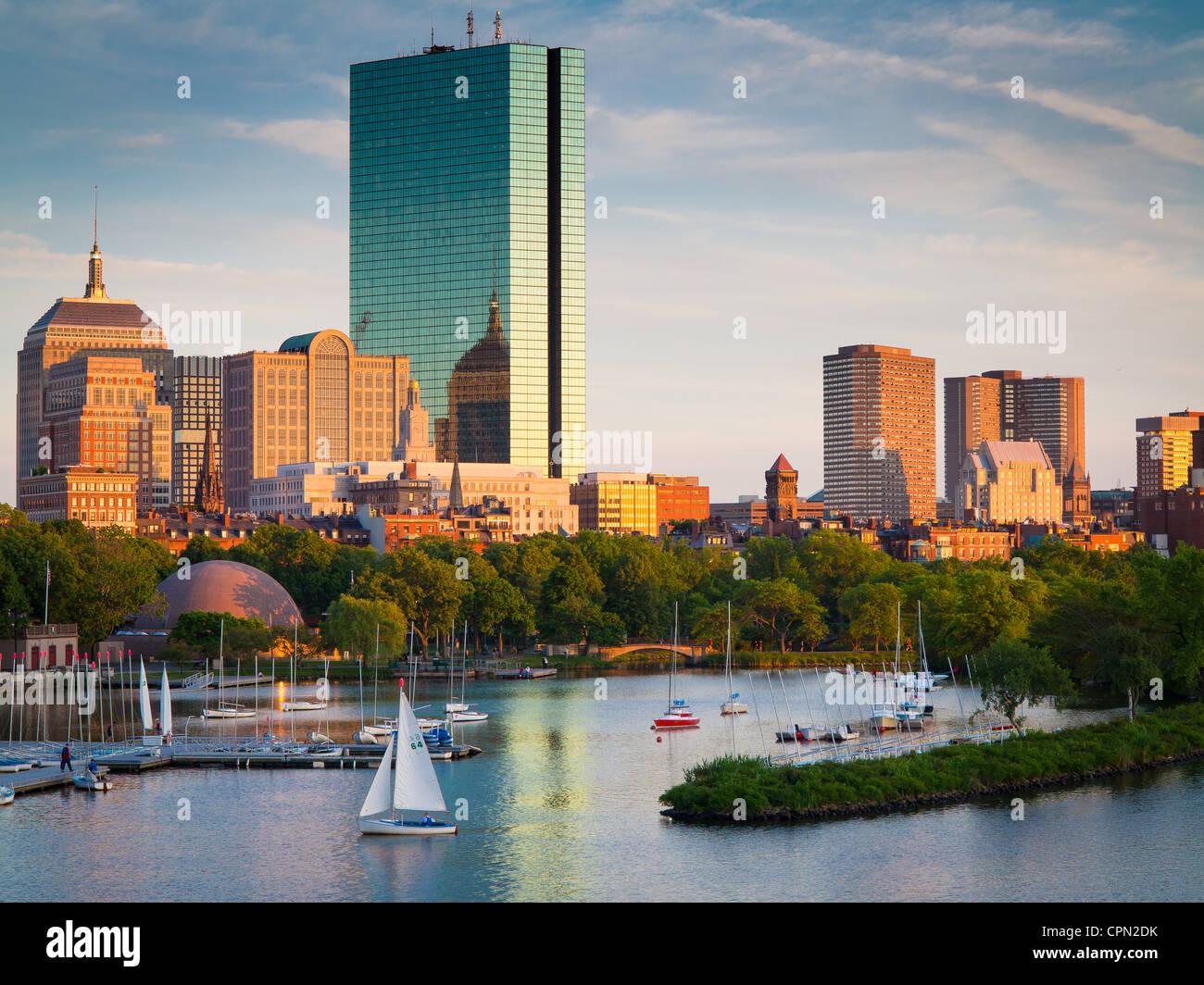 Boston e il fiume Charles come visto da Longfellow Bridge. Immagini Stock