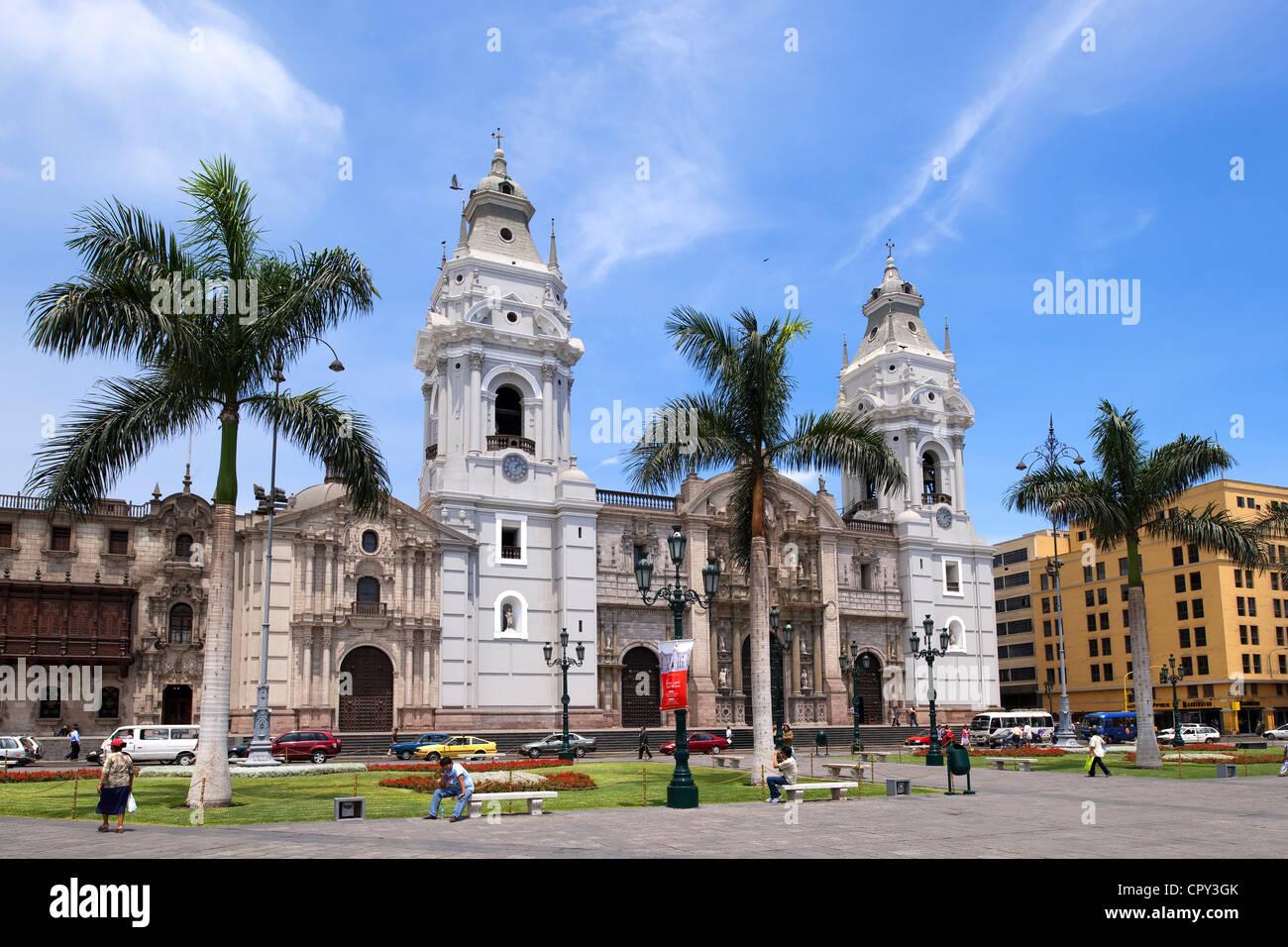 Peru Lima centro storico sono classificati come patrimonio mondiale dall' UNESCO Plaza de Armas architettura Immagini Stock