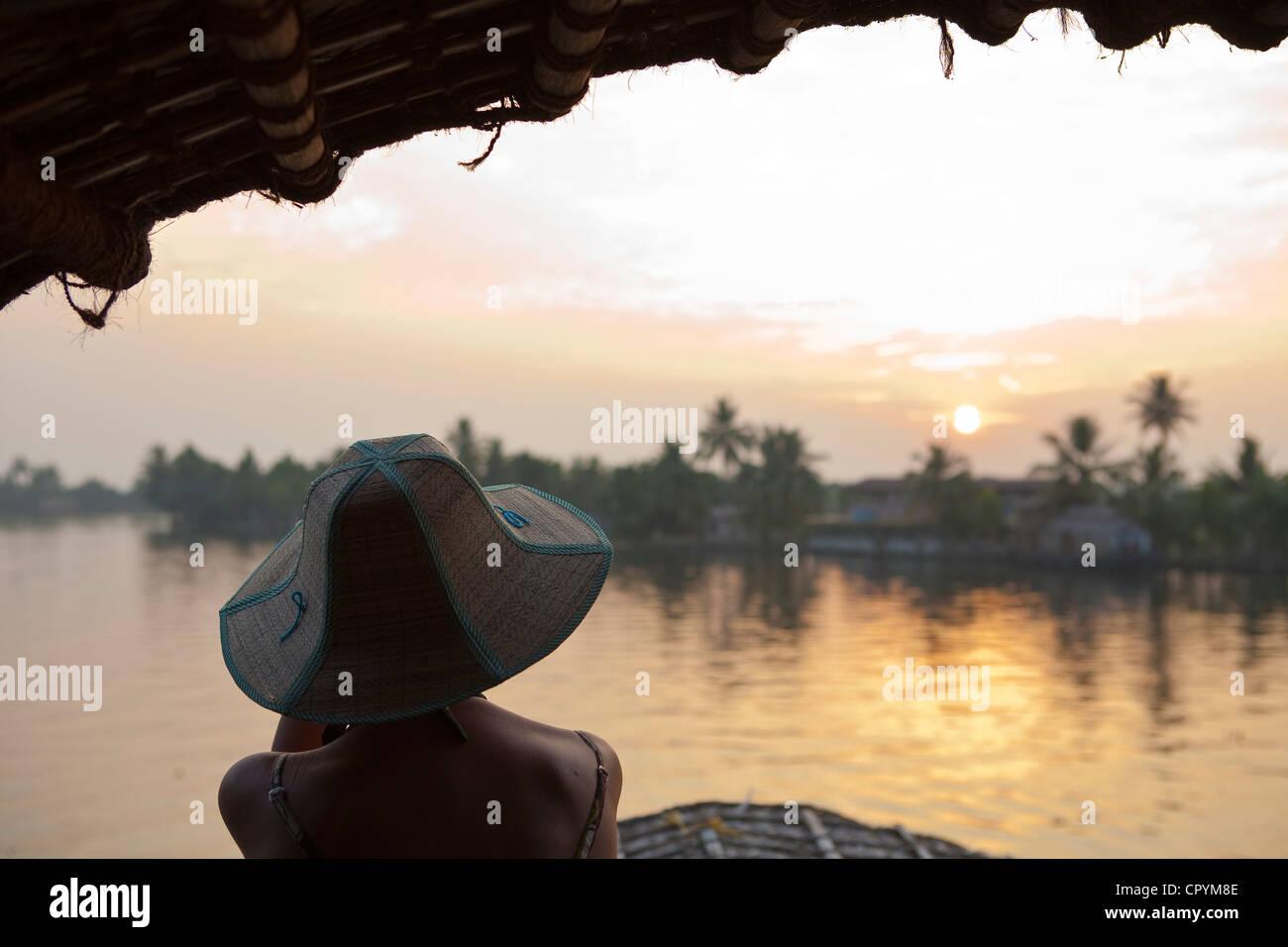 India Kerala Stato Allepey le lagune houseboats (antica Chiatta trasporto convertiti per la crociera turistica dei Immagini Stock