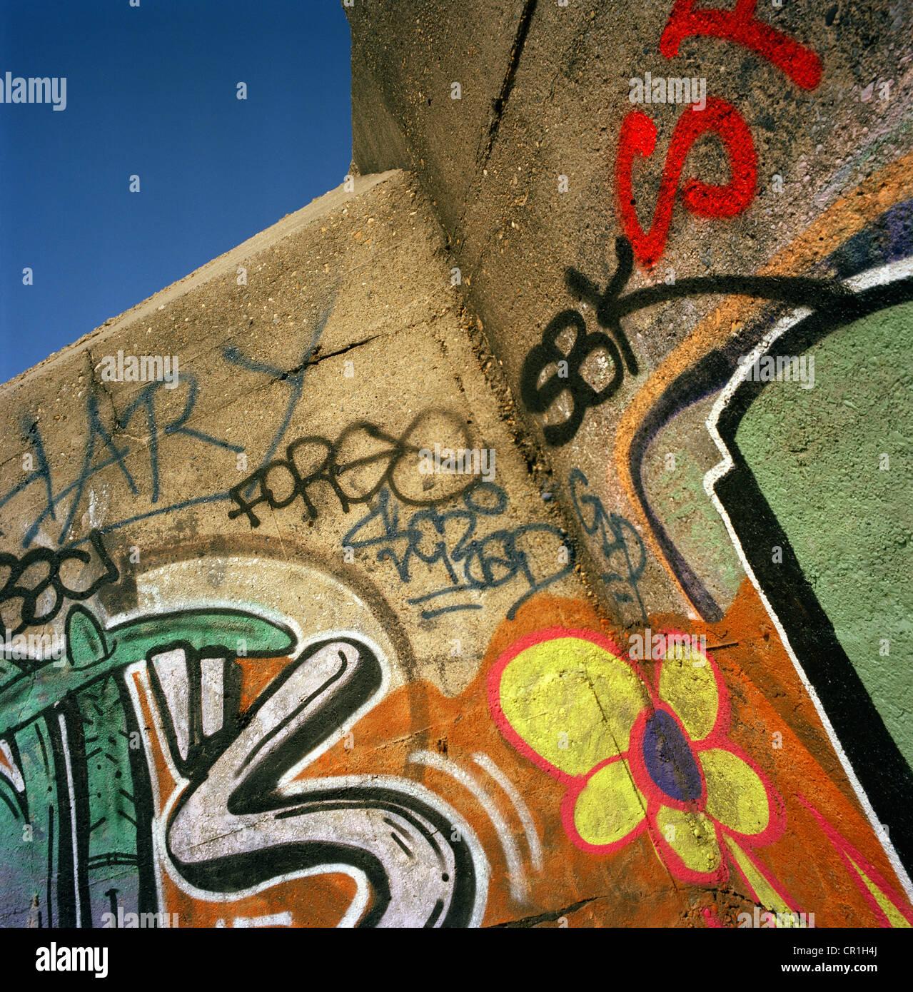 I graffiti sulla guerra mondiale II bunker Immagini Stock